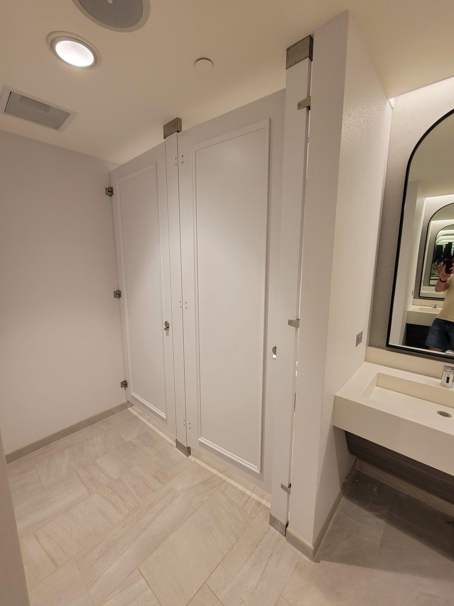 White Toilet Partition Doors